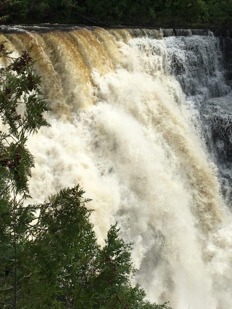 Kabakkaka Falls
