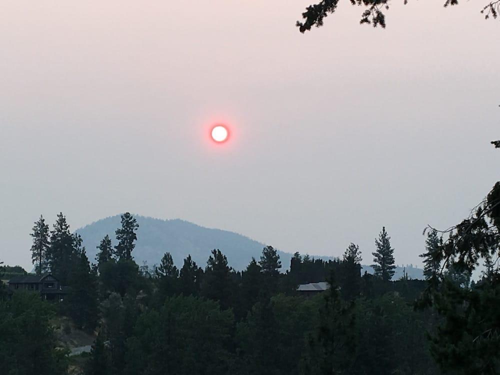 Sun through wildfire smoke