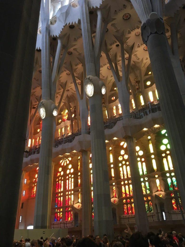 Santa Familia windows
