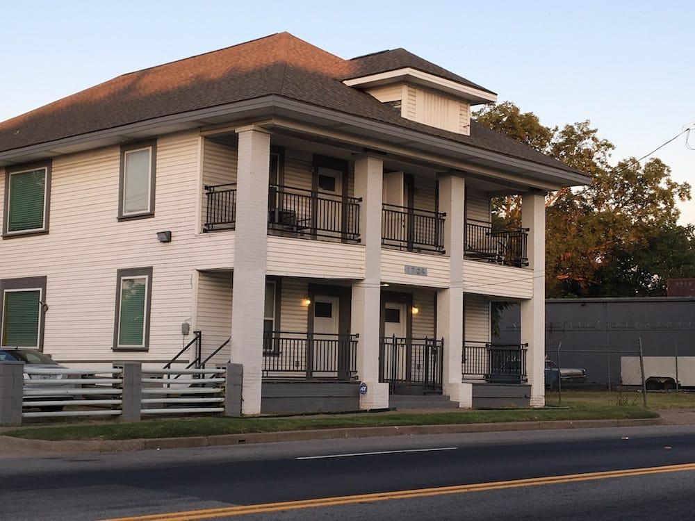 house South Dallas